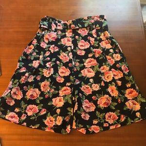 VINTAGE High Waist Floral Shorts